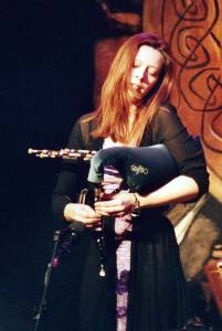 Kathryn Tickell (photo: Gloria M. Rosson/Dirty Linen)