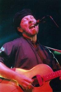 Richard Thompson (photo: Pamela Murray Winters/Dirty Linen)